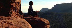 Czy są jakieś ograniczenia w praktykowaniu jogi?